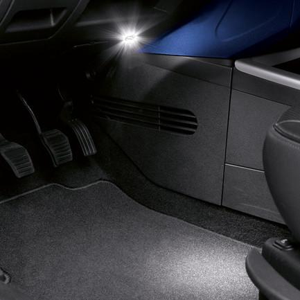 Luci led supplementari per interni originali ford c max for Luci led interni